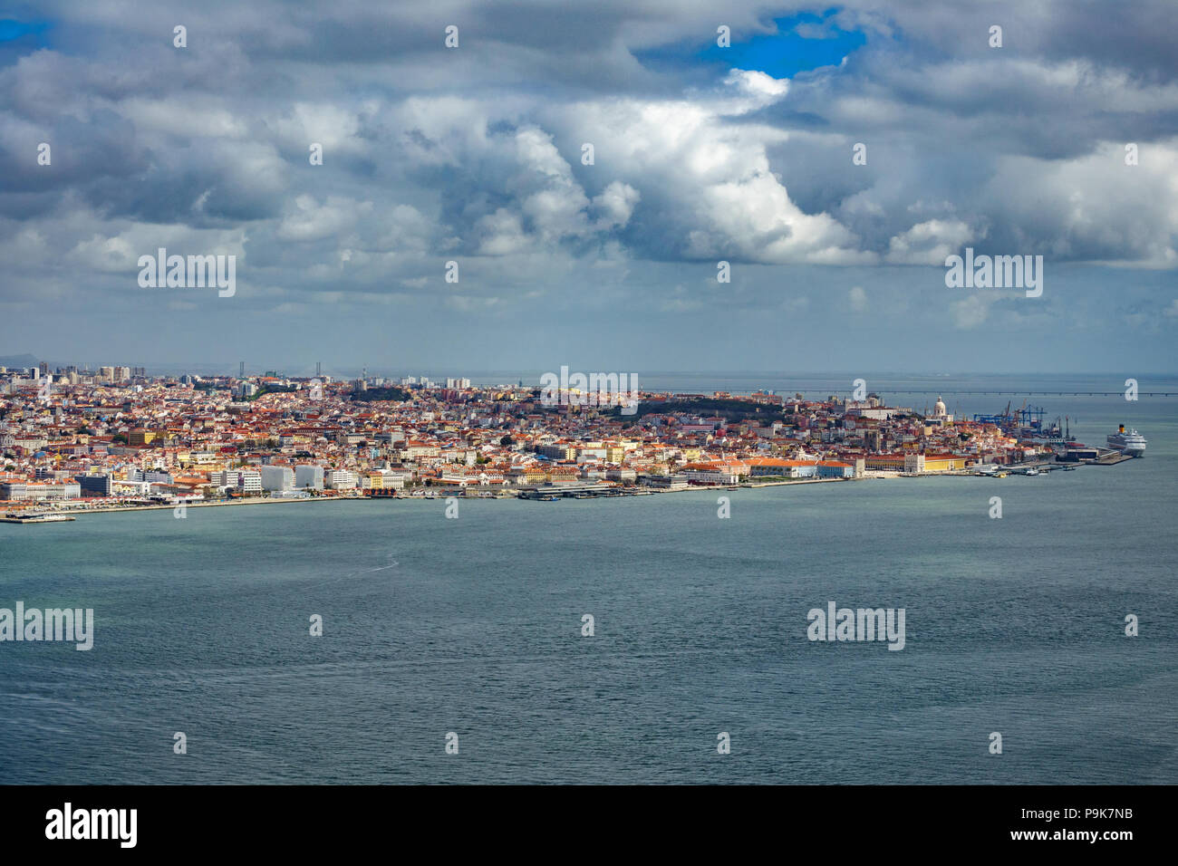 Lissabon Downtown Long Shot Stockbild