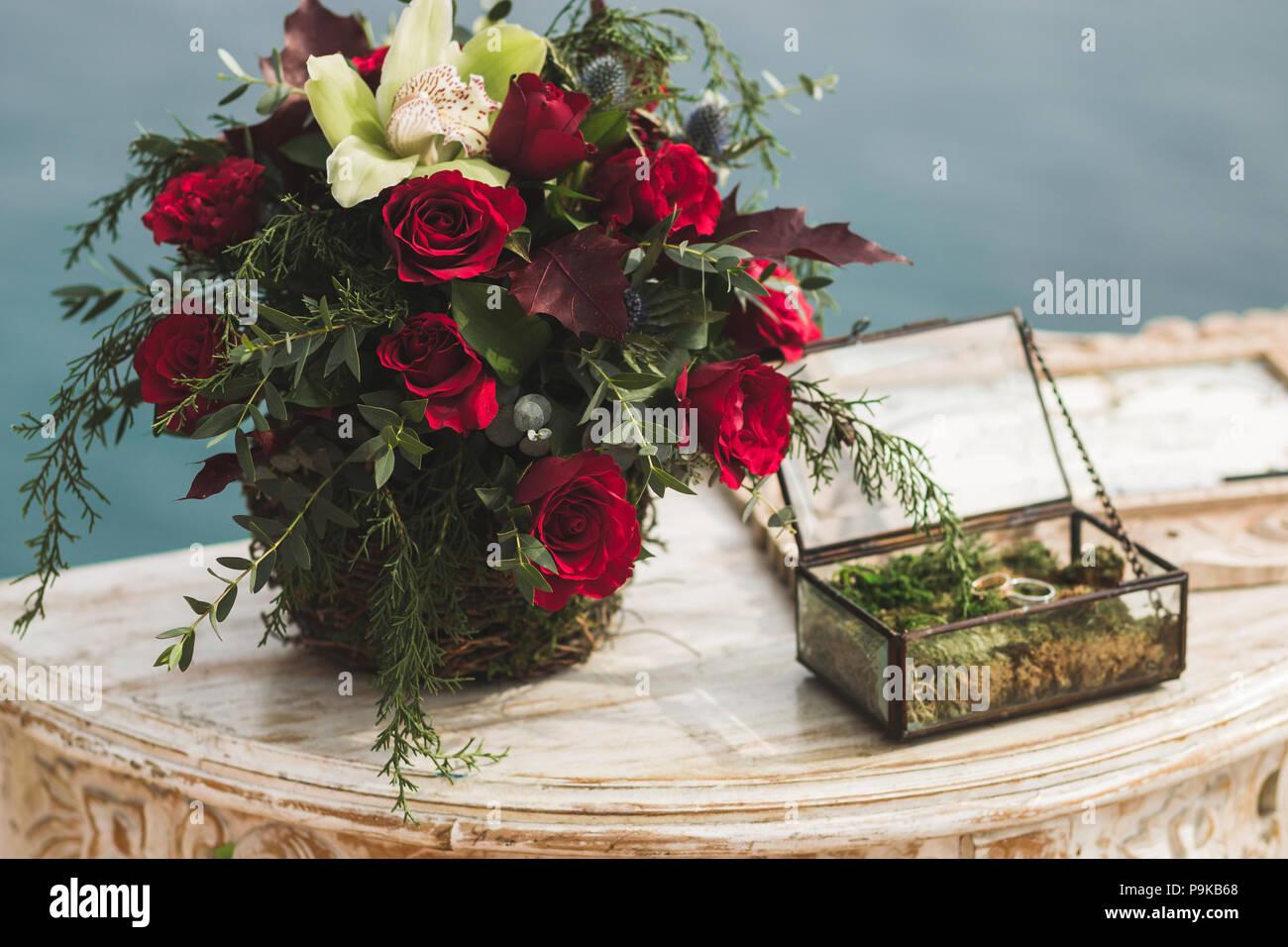 Hochzeit Empfang Tisch Mit Blumenstrauss In Boho Style Mit Rote