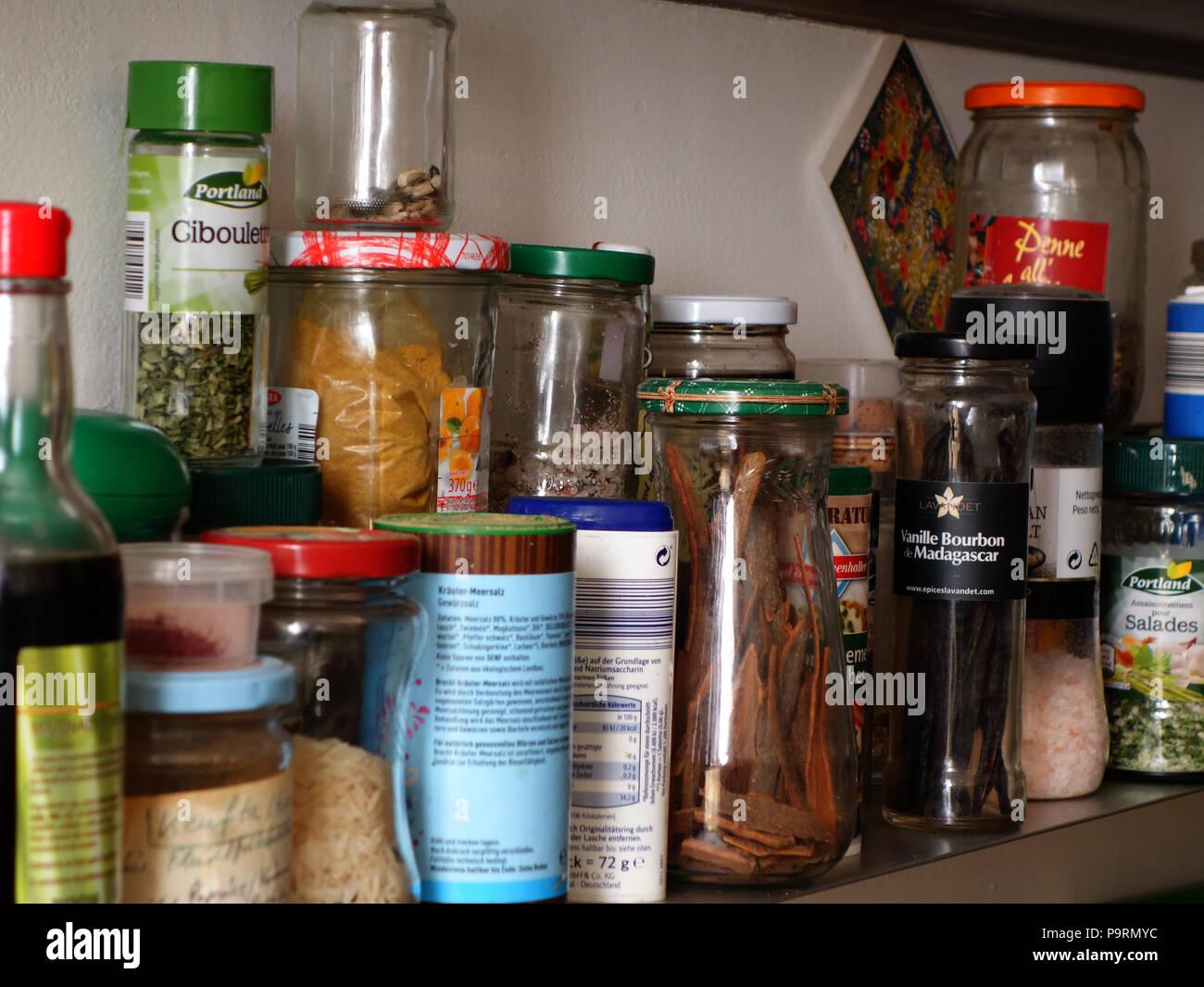 Glas Gläser Essen Asiatische Würzige Küche Stockfotos & Glas Gläser ...