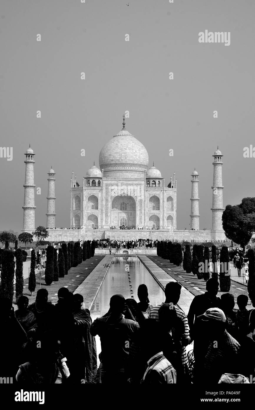 Das Taj Mahal, UNESCO-Weltkulturerbe, Agra, Uttar Pradesh, Indien Stockbild