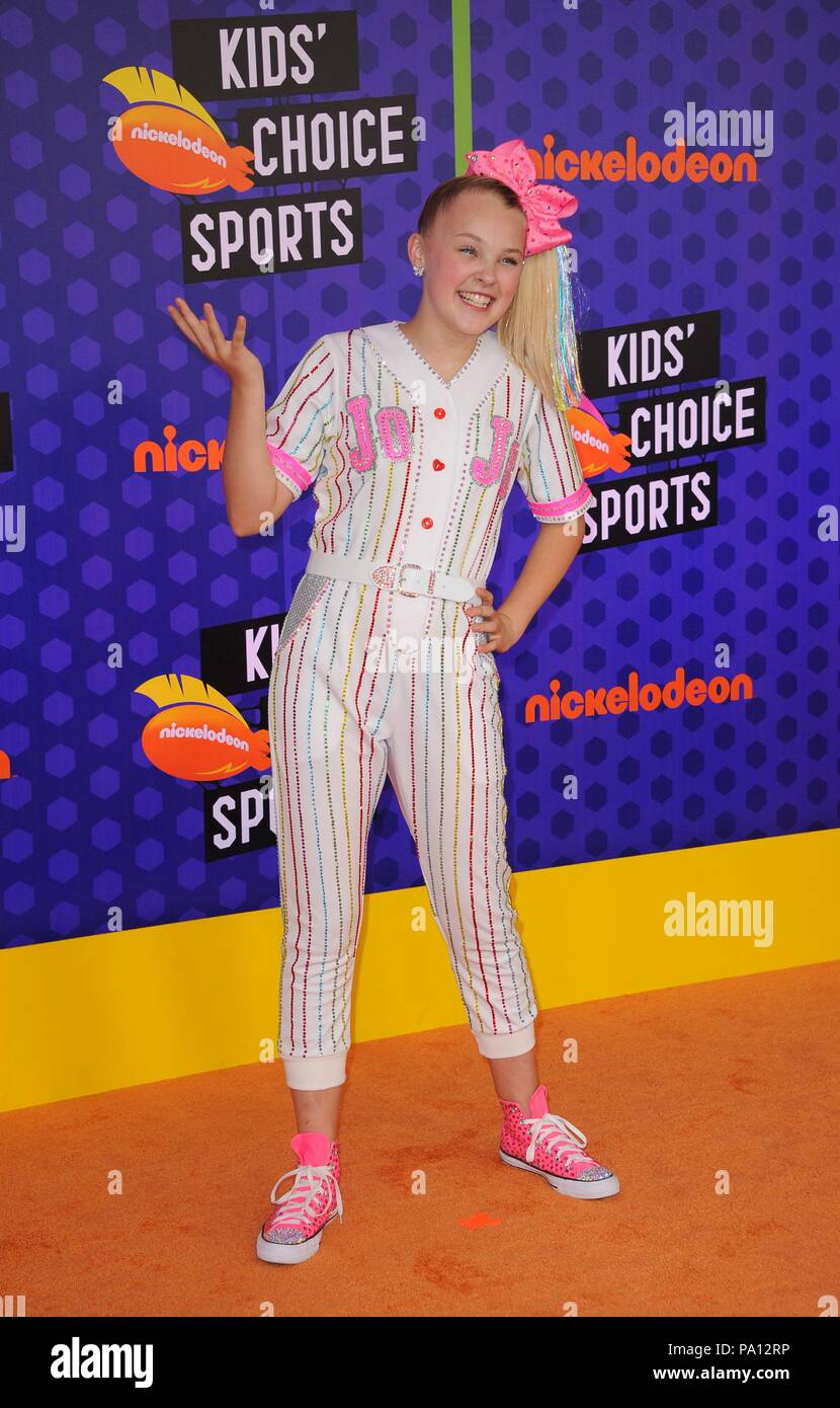 santa monica ca 19 juli 2018 jojo siwa in der. Black Bedroom Furniture Sets. Home Design Ideas