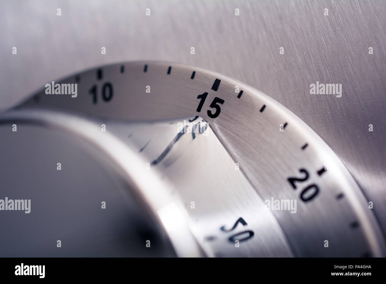 15 Minuten - Analoge Chrom Küche Timer auf einen Kühlschrank ...