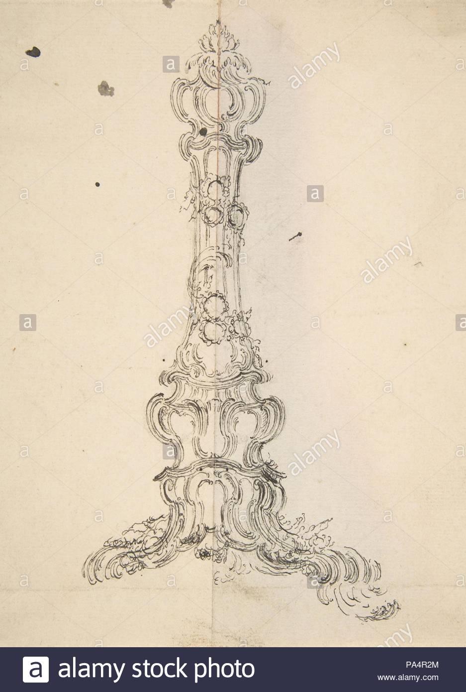 Design für einen Leuchter, 18. Jahrhundert, Pen und schwarze Tinte auf Papier, Blatt: 7 11/16 x 5 11/16 in. (19,5 x 14,4 cm), Zeichnungen, Anonym, Französisch, 18. Stockbild