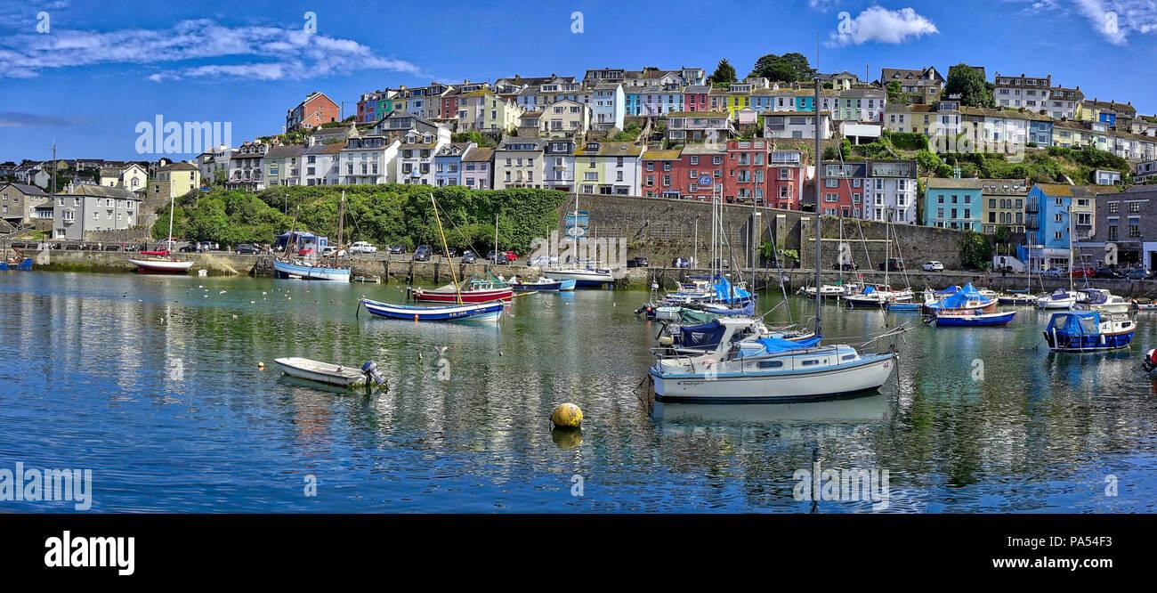 De - Devon: Panoramablick auf den Hafen von Brixham (HDR-Bild) Stockbild