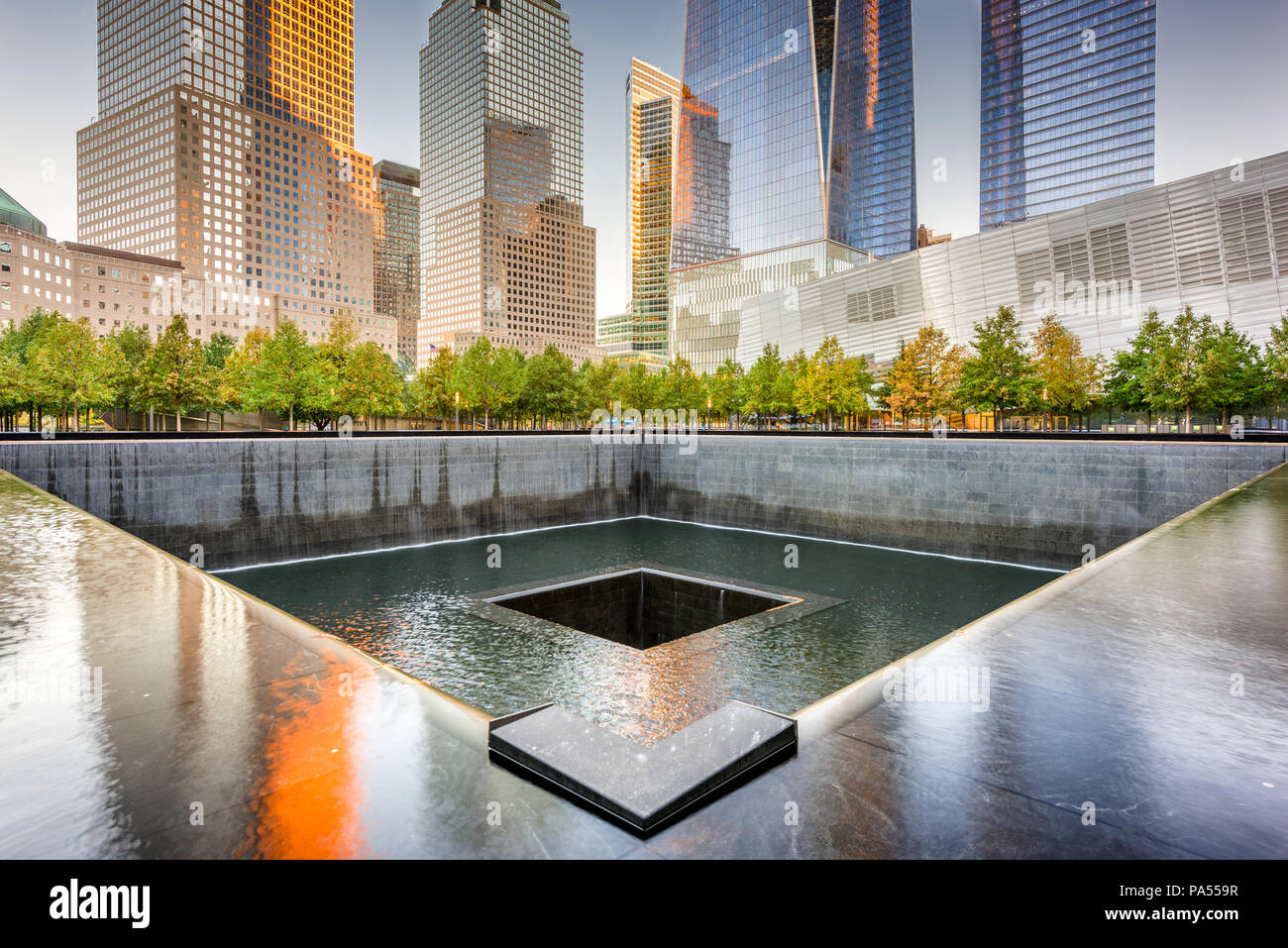 New York, New York, USA Lower Manhattans Finanzviertel am World Trade Center. Stockbild