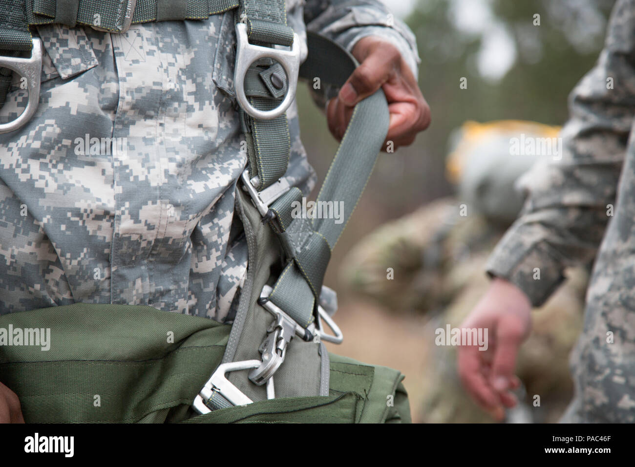 Us Armee Fallschirmjager Vorbereiten Fur Luftgetragene Operationen
