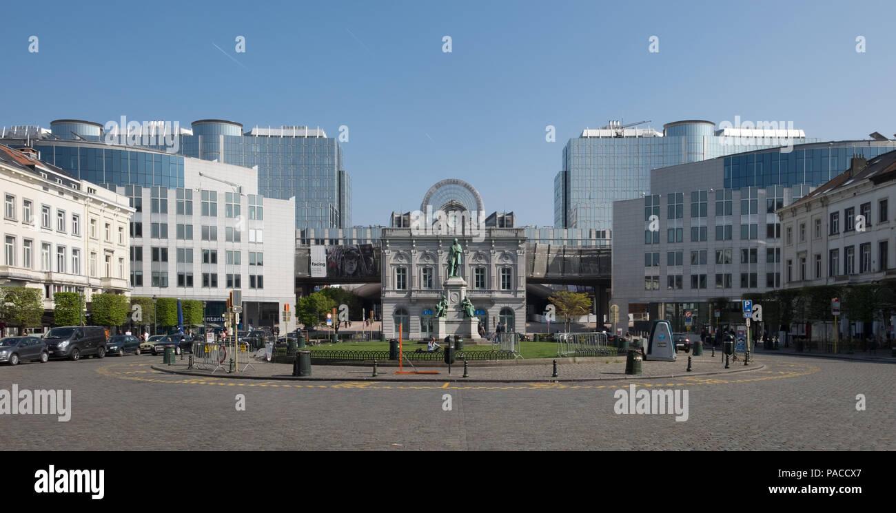 Place du Luxembourg oder Luxemburgplein Platz im europäischen Viertel von Brüssel. Stockbild