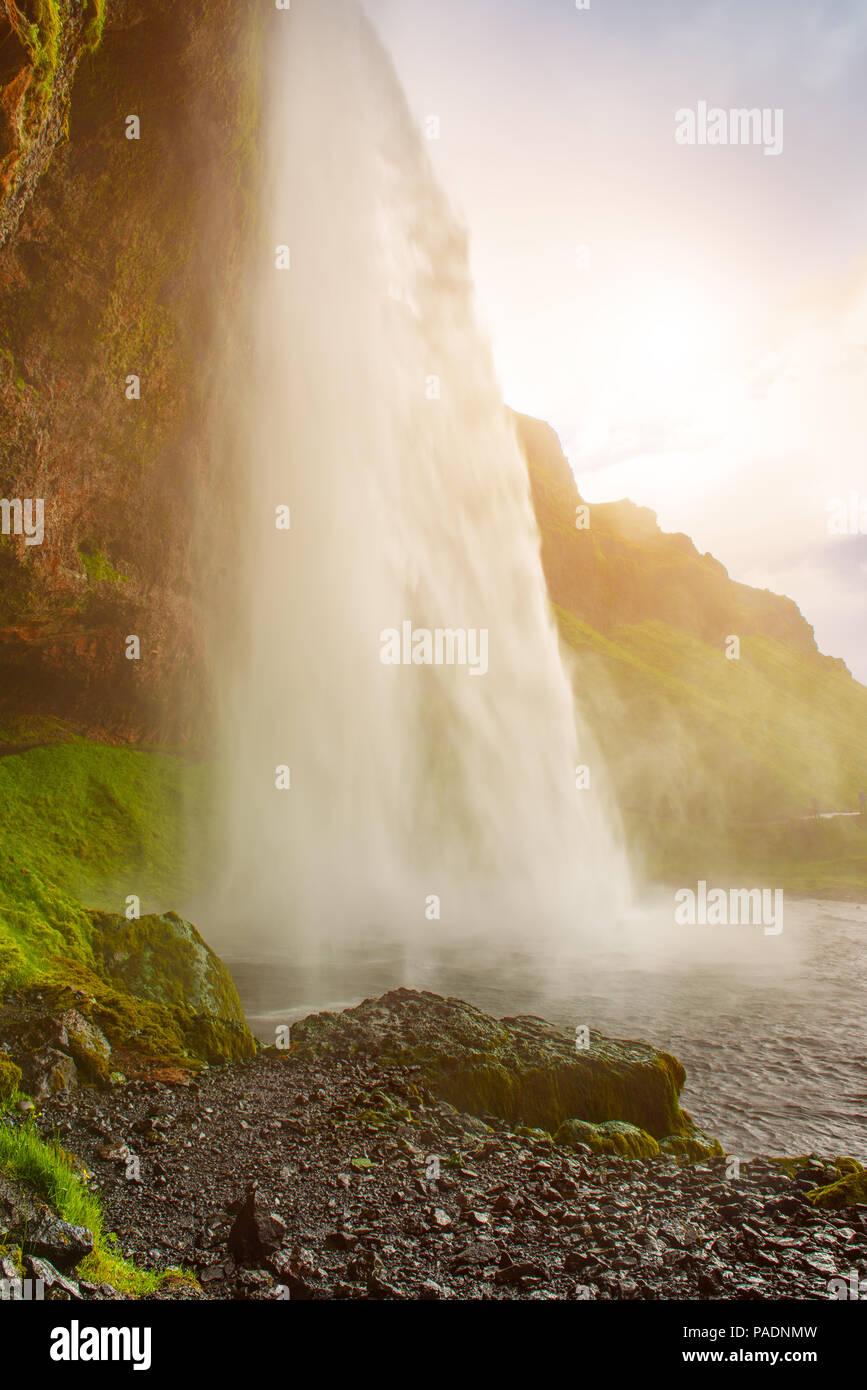 Wasserfall Seljalandsfoss in Island Stockbild