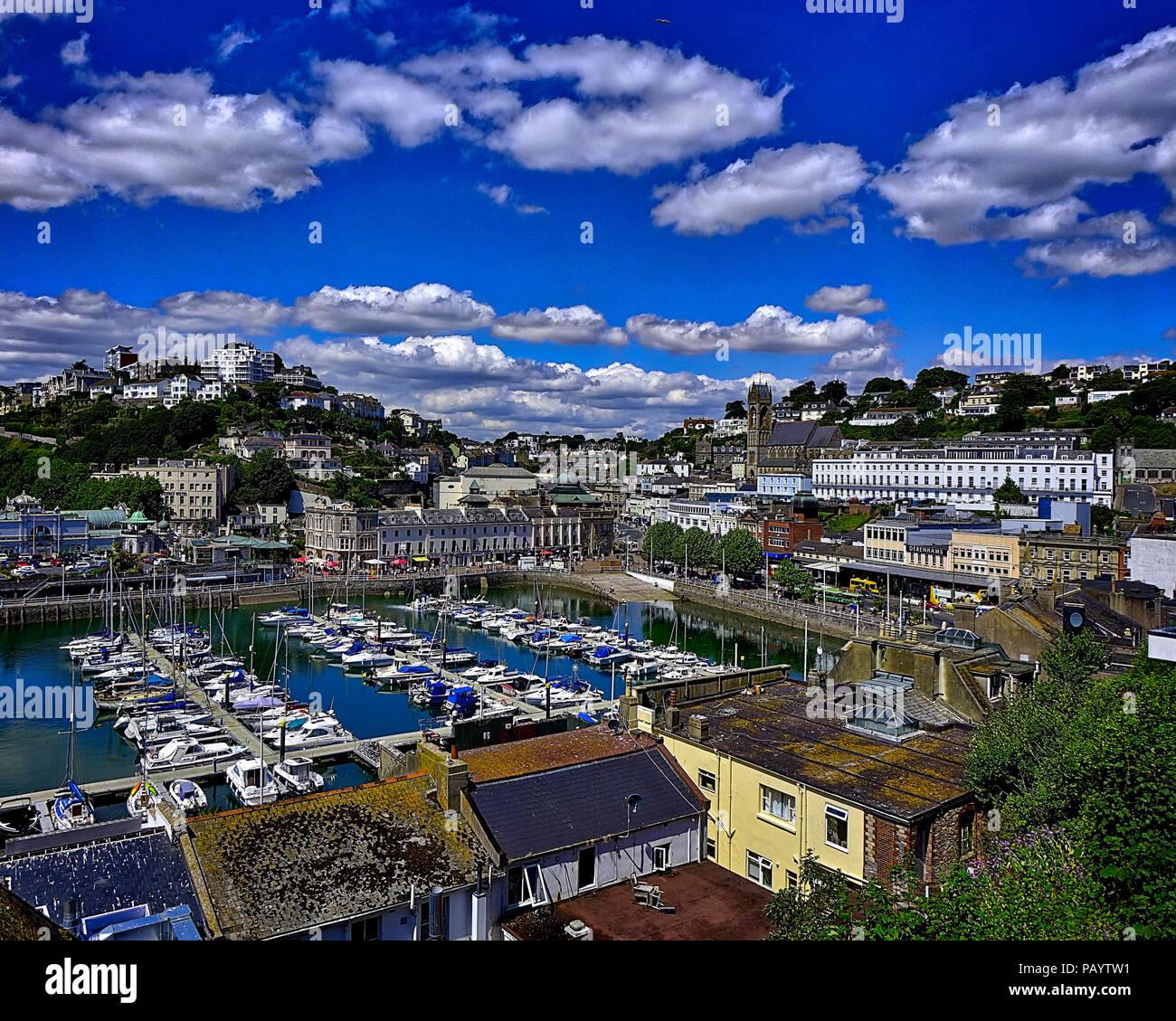 De - Devon: Hafen von Torquay und die Stadt (HDR-Bild) Stockbild