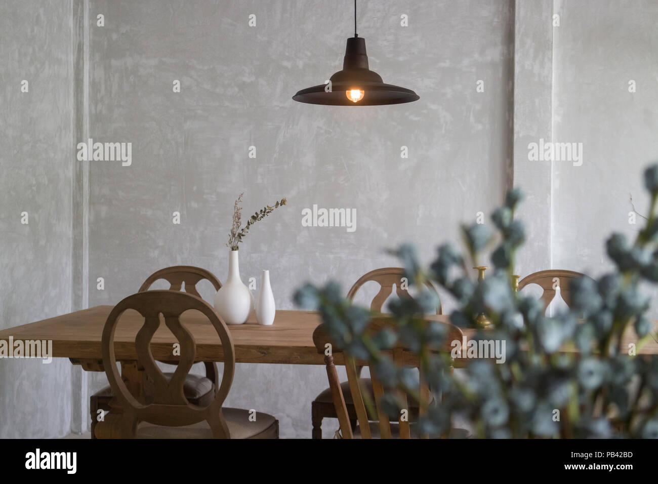 Vintage Style dinning Möbel aus Holz, Foto Stockfoto, Bild ...