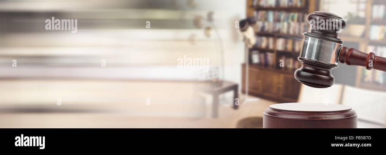 Hammer Mit Home Möbel Auktion Mit übergang Stockfoto Bild