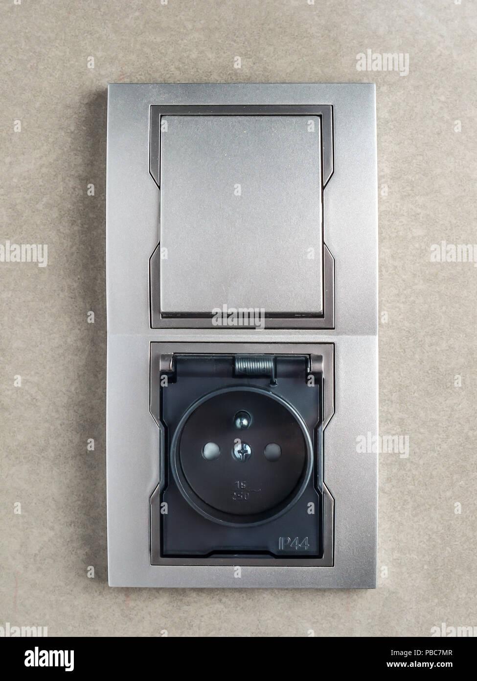Plug Socket Bathroom Stockfotos & Plug Socket Bathroom Bilder - Alamy