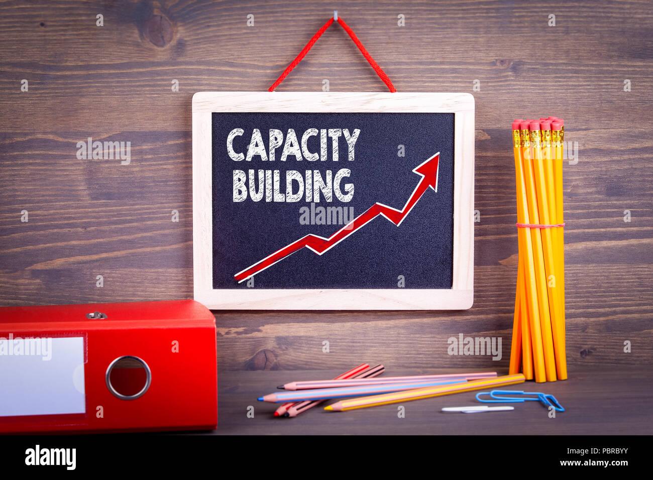 Aufbau von Kapazitäten. Geschäftlicher Erfolg Konzept Stockbild