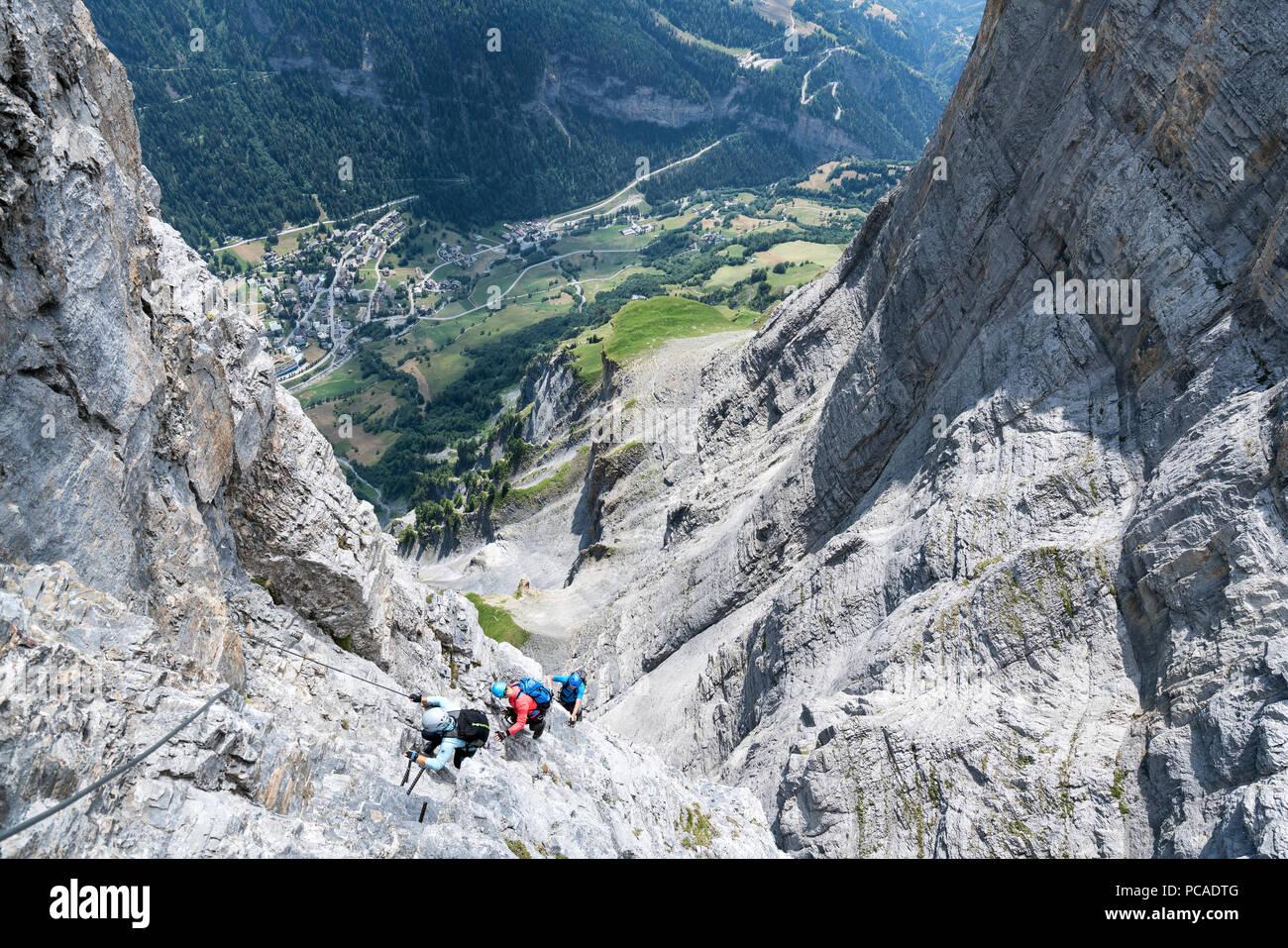 Klettersteig Leukerbad : Klettersteig gemmi wieder offen