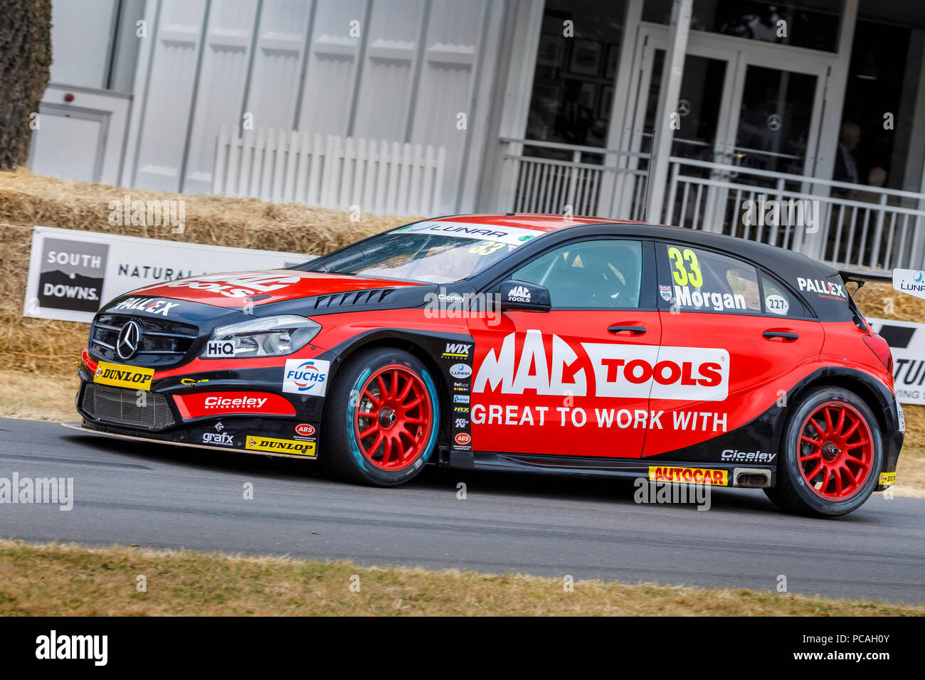2018 Ciceley Racing Mercedes A-Klasse BTCC Racer mit Driver Adam Morgan am Goodwood Festival 2018 von Geschwindigkeit, Sussex, UK. Stockbild