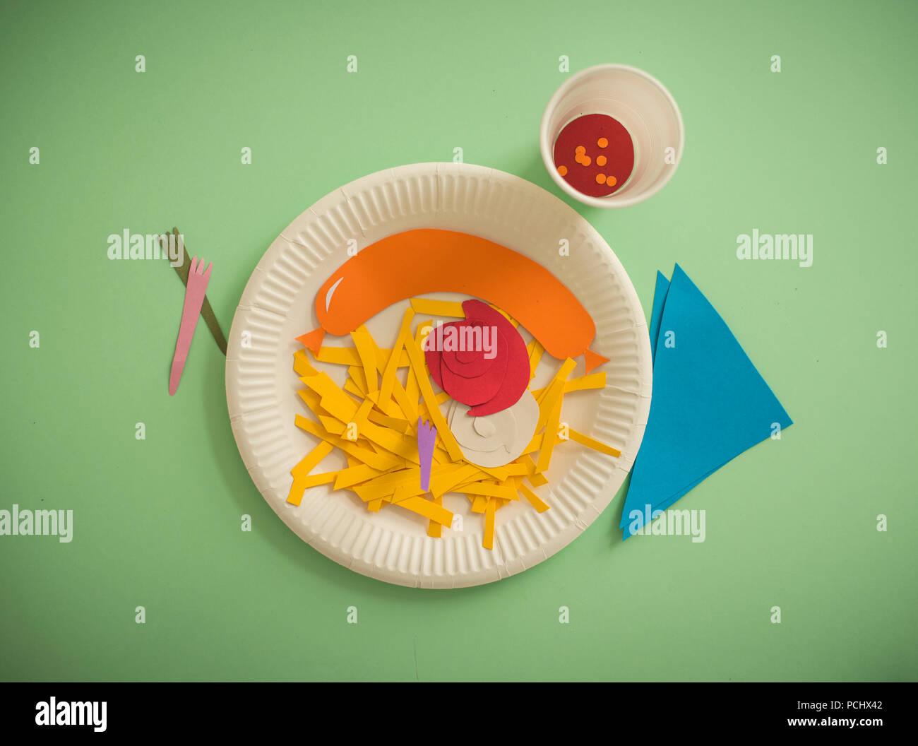 Fast Food, Papier, Pommes frites, papercutting Stockbild