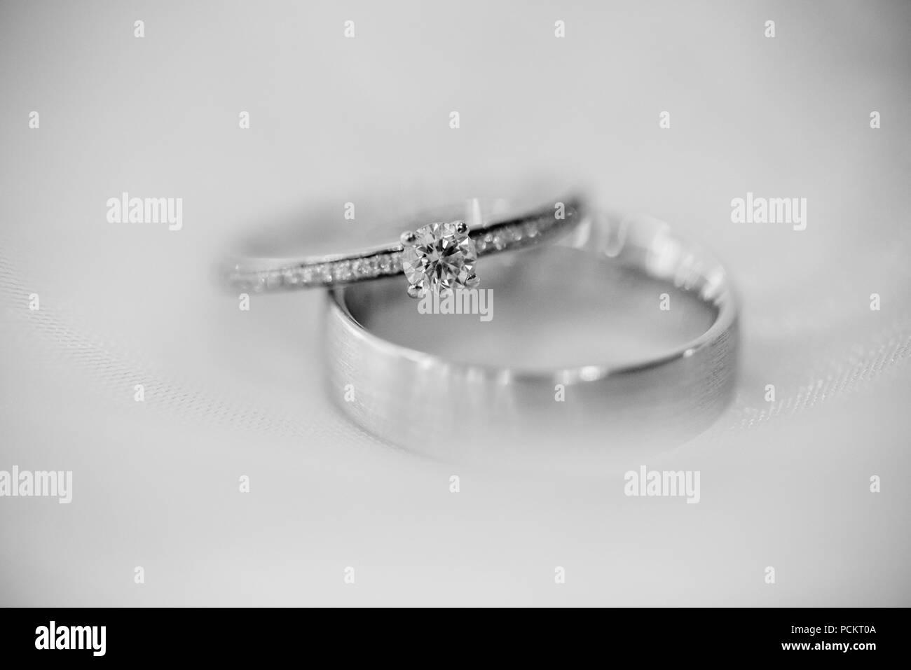 Hochzeit Dekoration Und Blumen Mit Hochzeit Ringe Stockfoto Bild