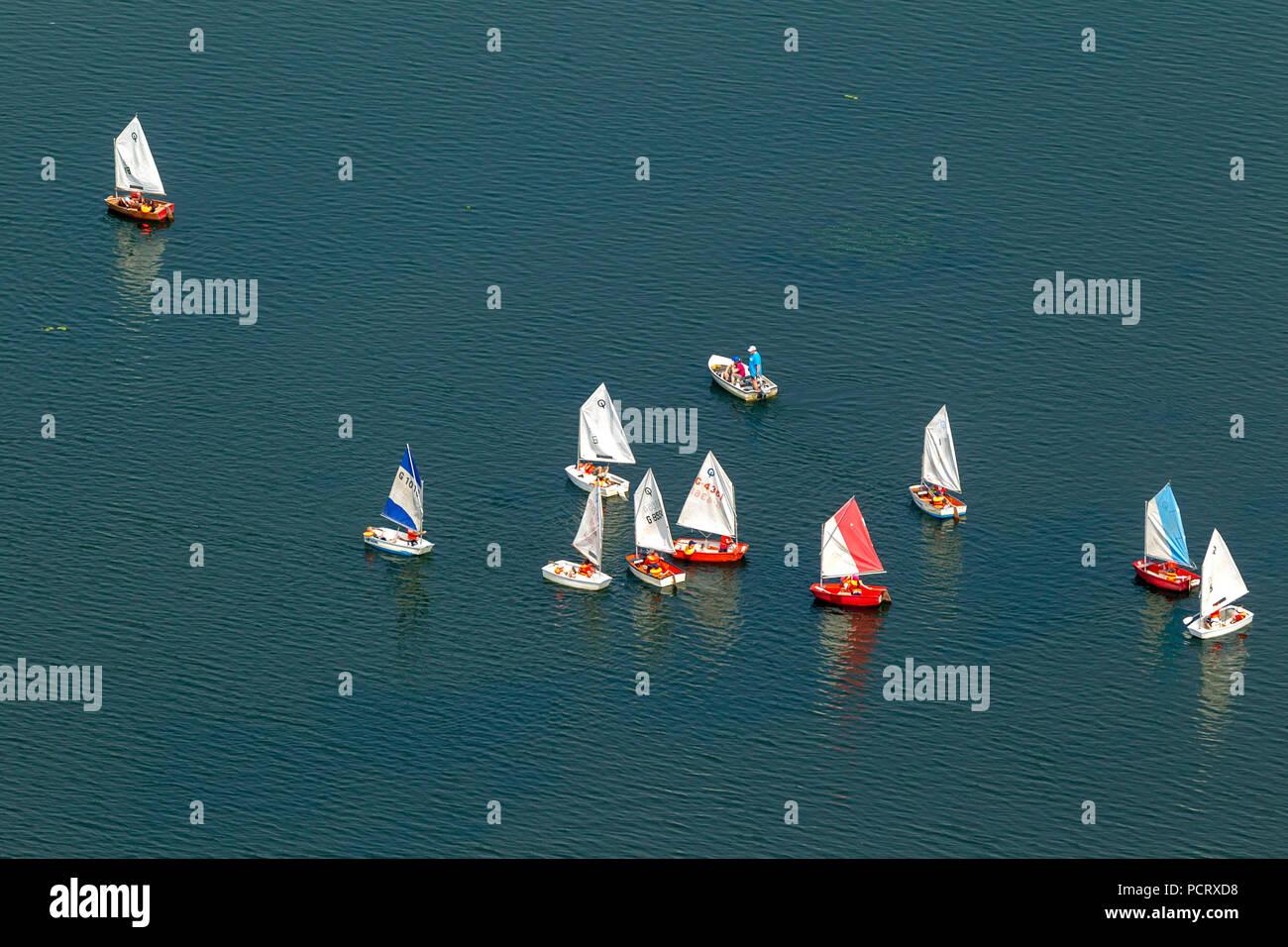 Segelschule auf der See, Optimist, Segelboot, Kemnade, Kemnader Stausee, Luftaufnahme von Bochum Stockbild