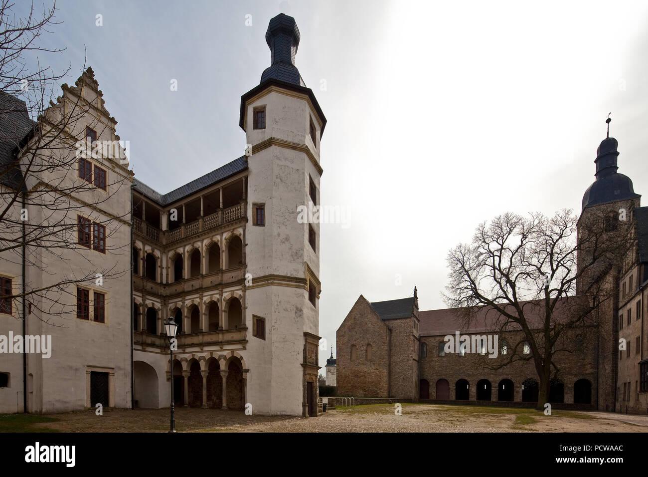 Links Rest von Schloß Althaus mit Treppenturm und Loggia, ganz links Südteil vom Hobeckschloß, beide Ende 16. Jhd., dsub Ehem. Stiftskirche Stockbild