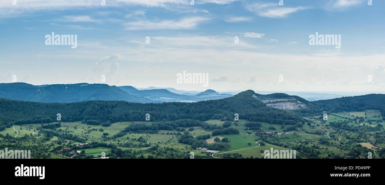 Deutschland, XXL Stuttgart natur landschaft Panorama der Schwäbischen Alb Stockbild