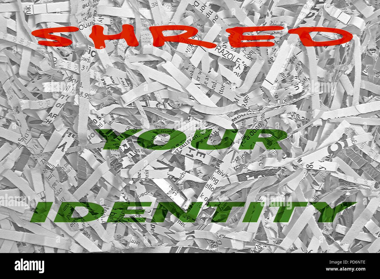 Die Worte des Hred ihre Identität' Fett und bunten Typ ist auf einem schwarz-weiß Foto von Datenbits zerrissenes Papier aus einem Haushalt shre überlagert Stockbild