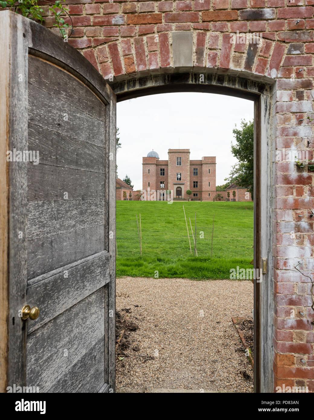 Blick Durch Die Wand Garten Tür Außenfassade Des Whithurst Park