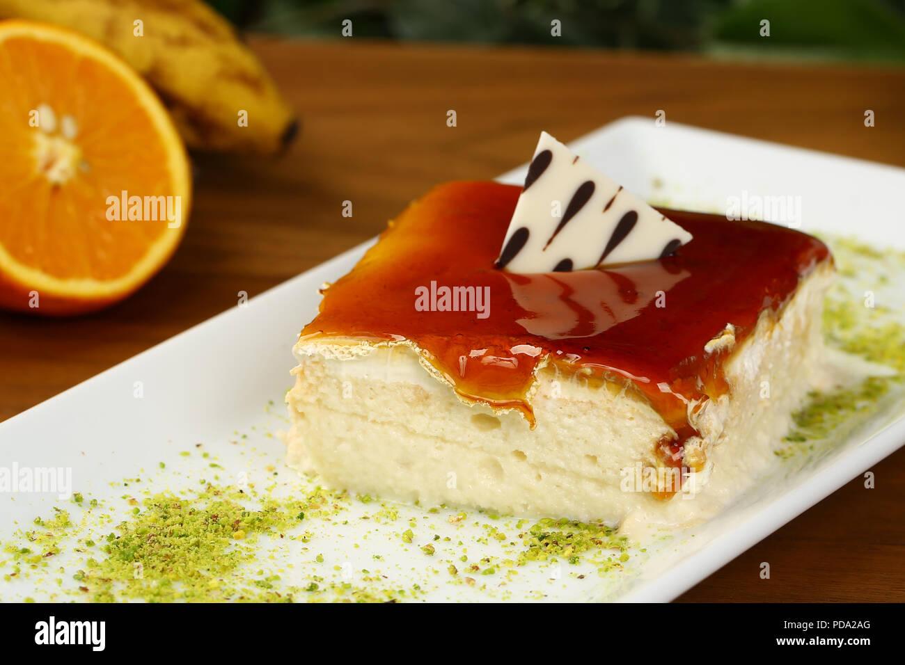 Trilece Karamell Milchprodukte Nachtisch Kuchen Stockfoto Bild