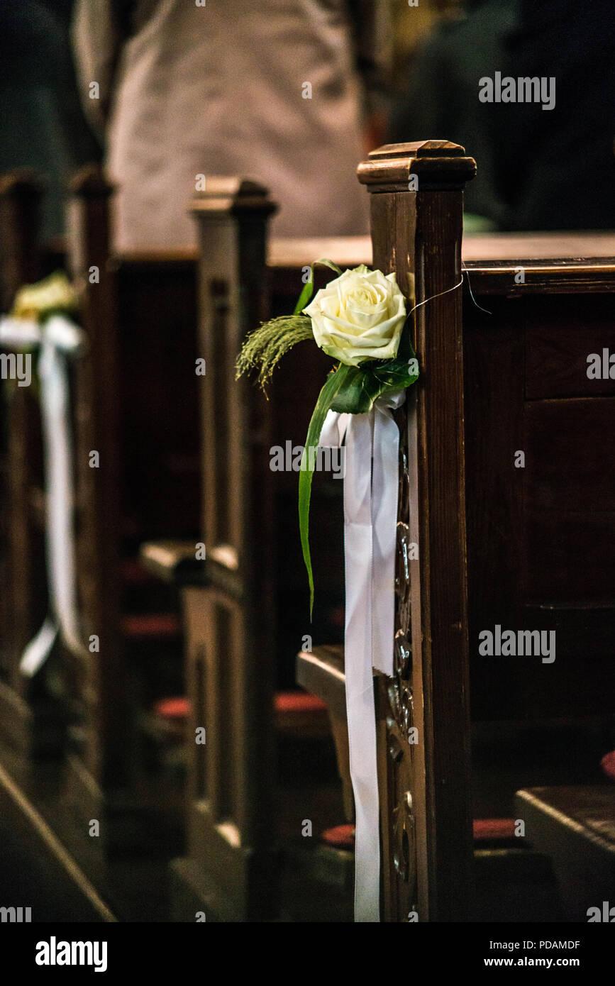 Schone Blume Hochzeit Dekoration In Der Kirche Hangen An Den