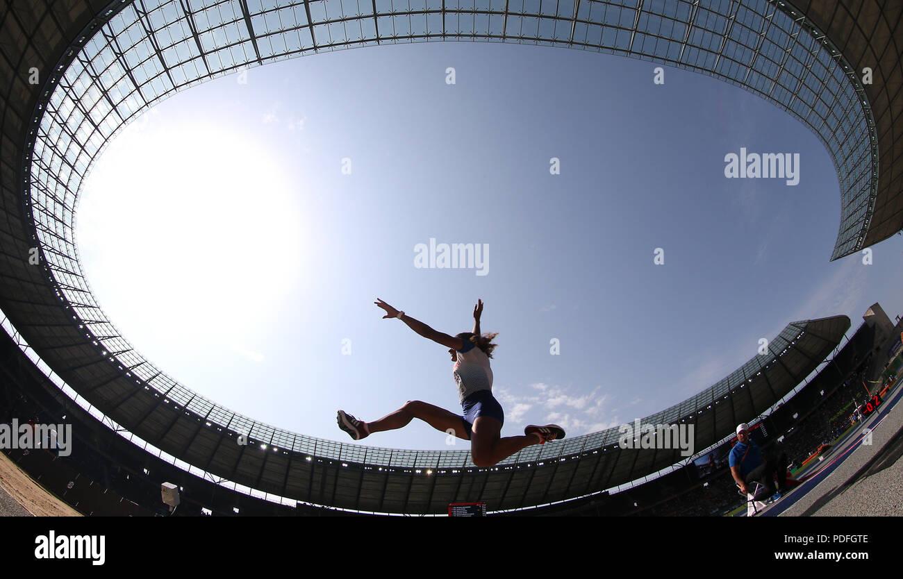 Großbritanniens Jazmin Säger während der Vorrunde der Gruppe B Long Jump Frauen während der Tag drei der Europäischen Leichtathletik WM 2018 im Olympiastadion, Berlin. Stockbild