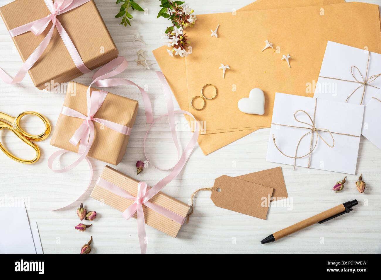 Hochzeit Vorbereitung Flach Und Blick Von Oben Auf Die Geschenke