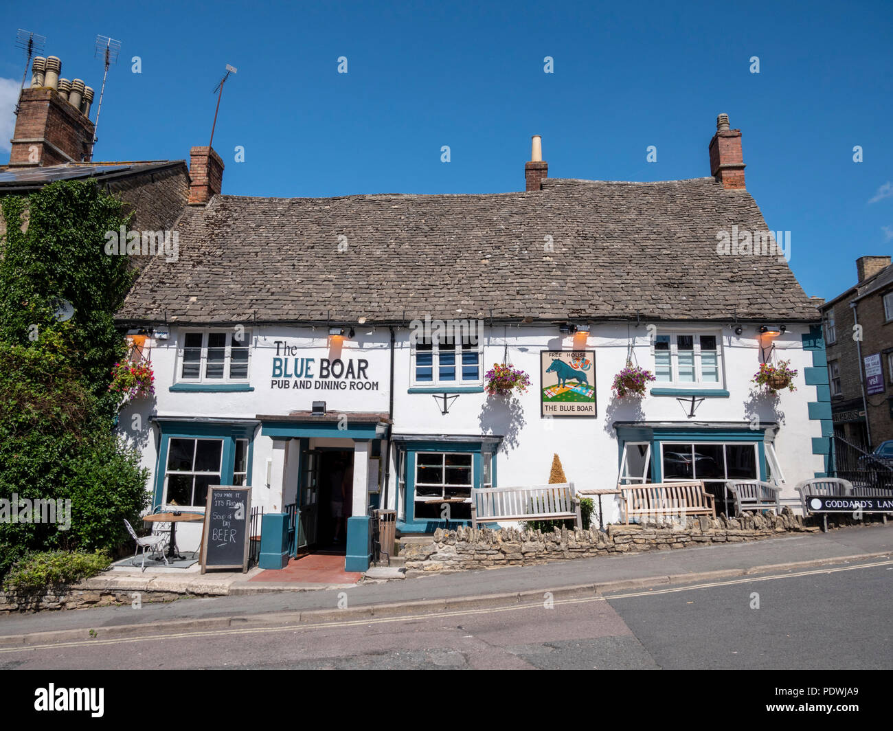 Die Blue Boar Pub und einen Speisesaal, Chipping Norton Oxfordshire UK Stockbild