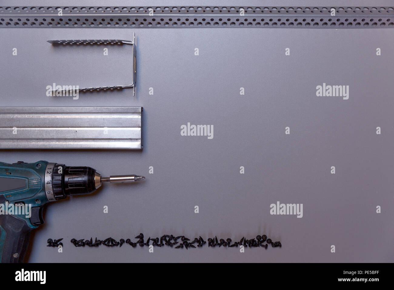 Werkzeuge für Profil Metallrahmen Montage. Metallprofile ...