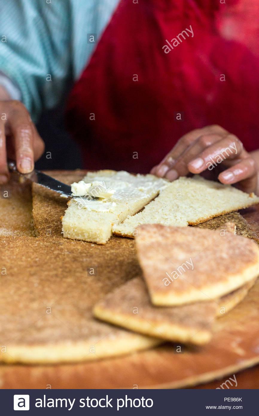 Marokkanische Harcha Street Food Snack Ifrane Markt Marokko Eine