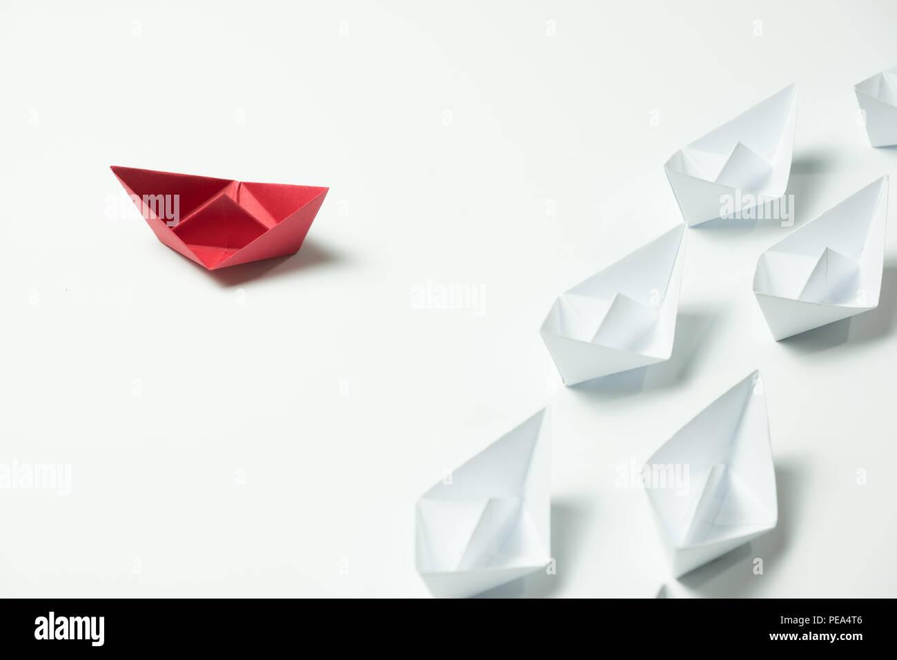 Anders denken Führer für Innovation und creativitity Konzept Stockbild