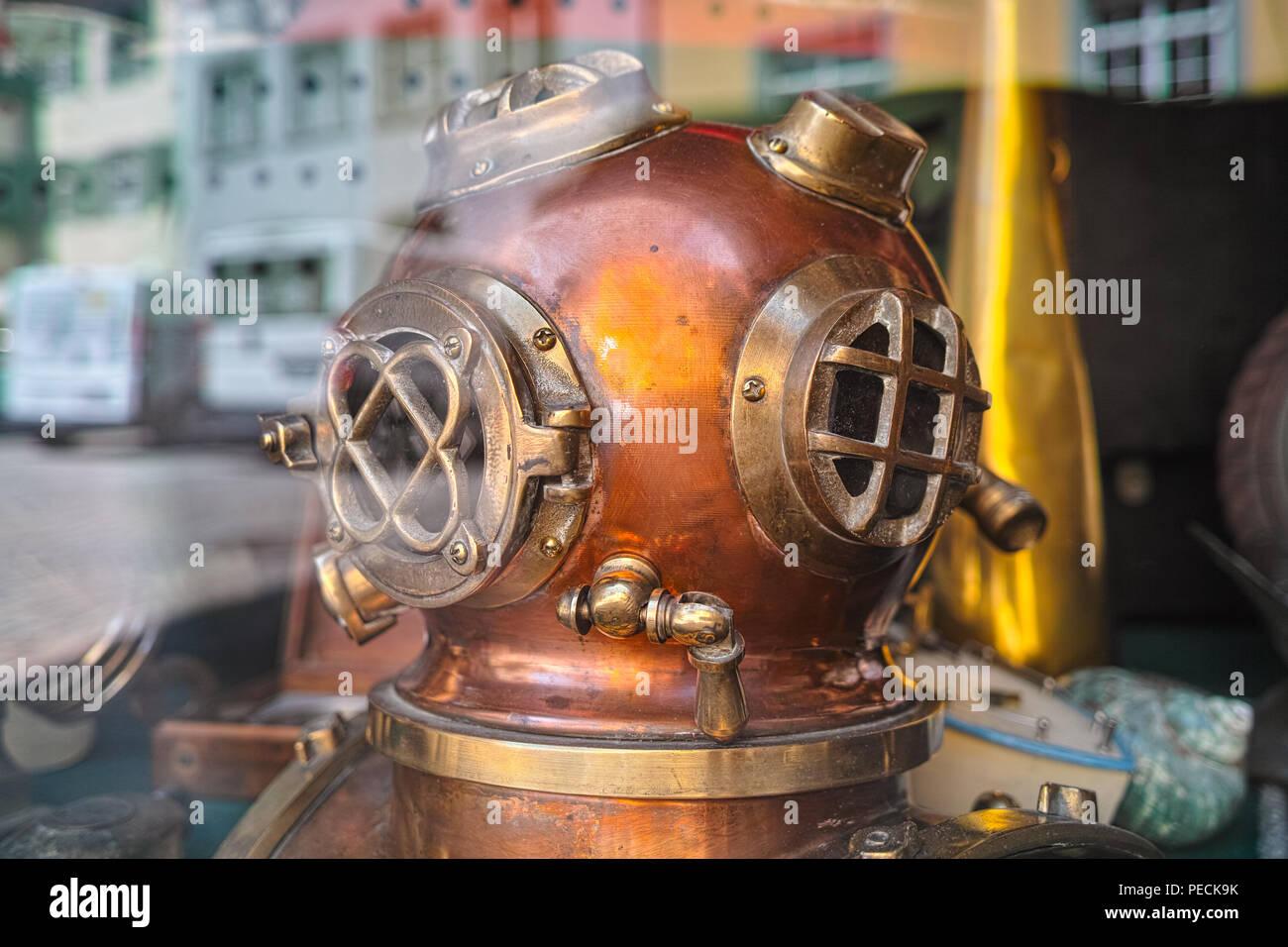 Alte Taucher Helm Stockbild