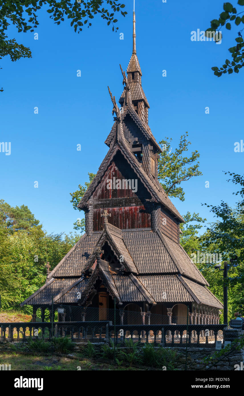 Die Fantoft Stabkirche Fantoft (STAVKIRKE), Paradis, Bergen, Hordaland, Norwegen Stockbild