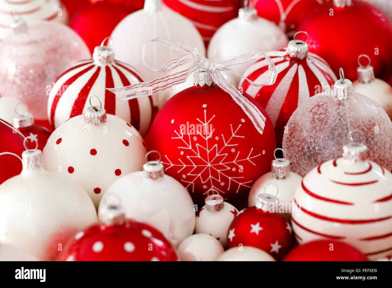 Schmuck Weihnachten.Christbaumschmuck Deko Dekoration Glas Kugel Kugeln Close Up