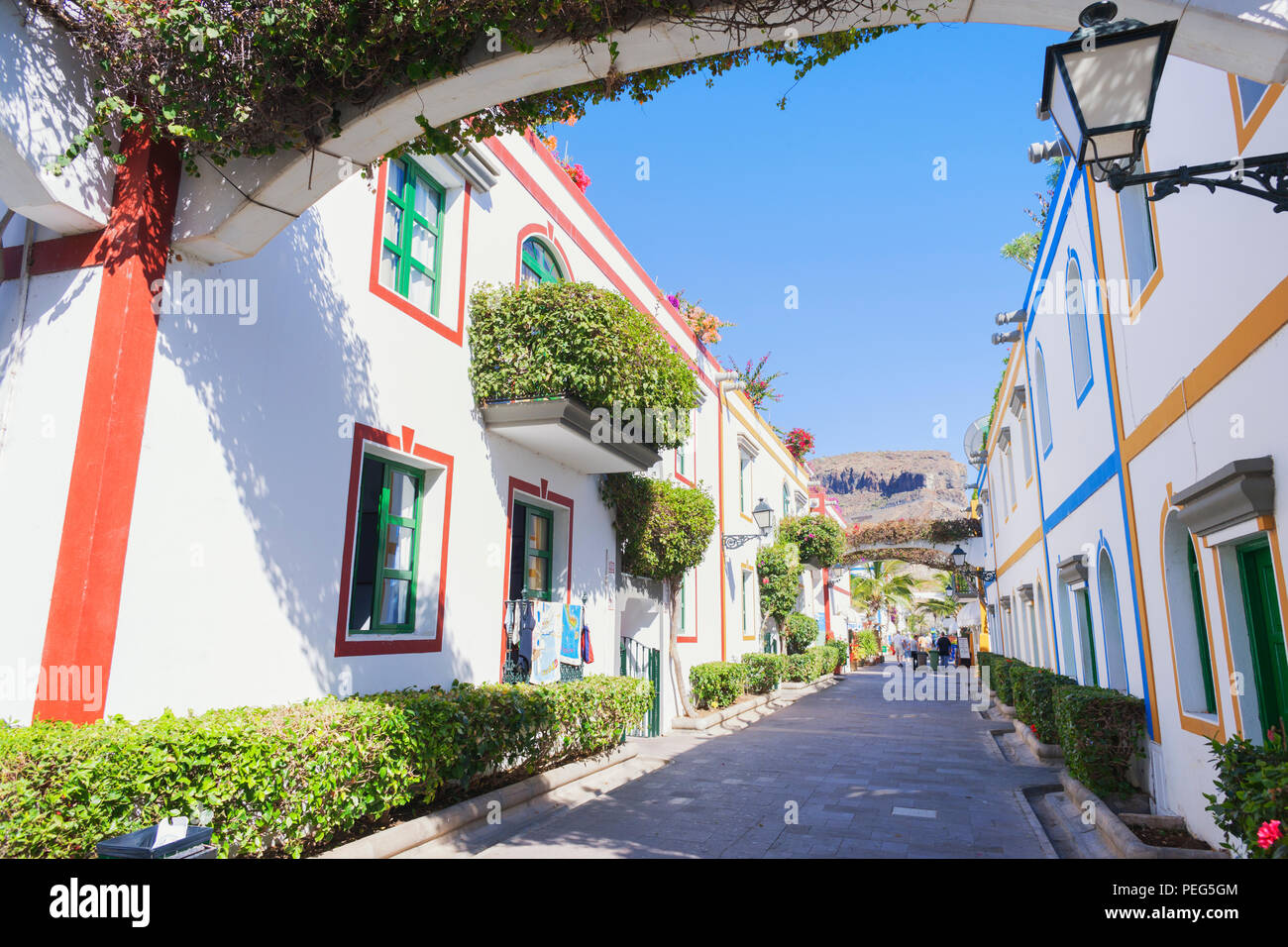 Haus dekoriert mit Flora, Puerto de Mogan, Gran Canaria, Kanarische Inseln, Spanien Stockbild