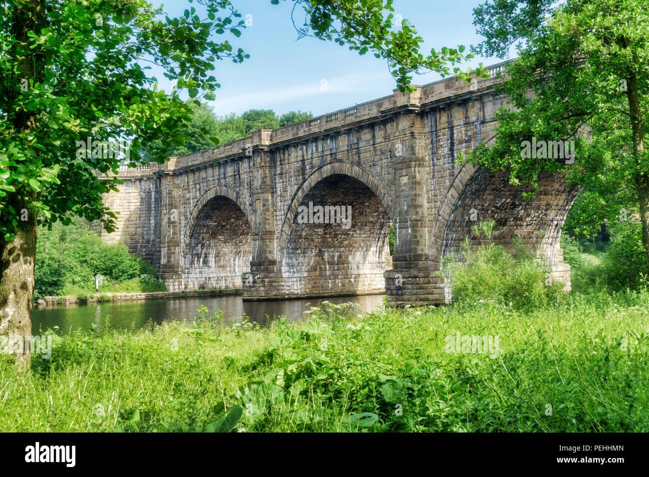 Die Lune Valley Aquädukt, der die Lancaster Canal führt über Stockbild
