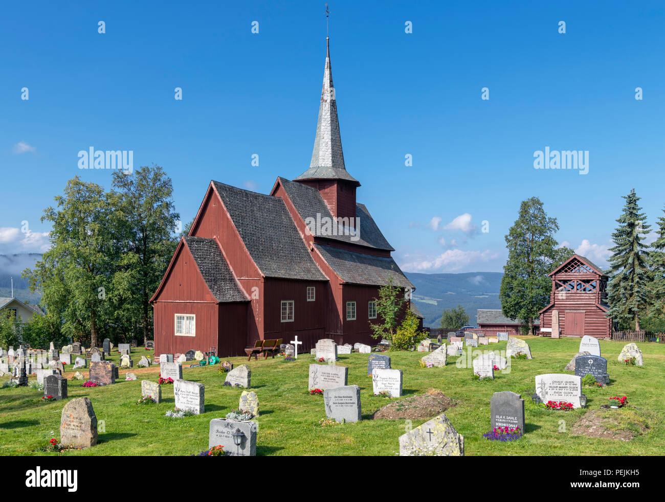 Norwegen, Stabkirchen. Die mittelalterliche Hegge Stabkirche (Hegge stavkyrkje), Hegge, Oppland, Norwegen Stockbild