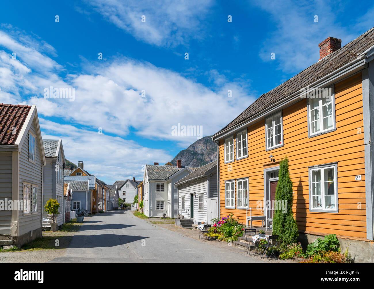Traditionelle Holzhäuser in Laerdal (Laerdalsøyri), Sogn og Fjordane, Norwegen Stockbild
