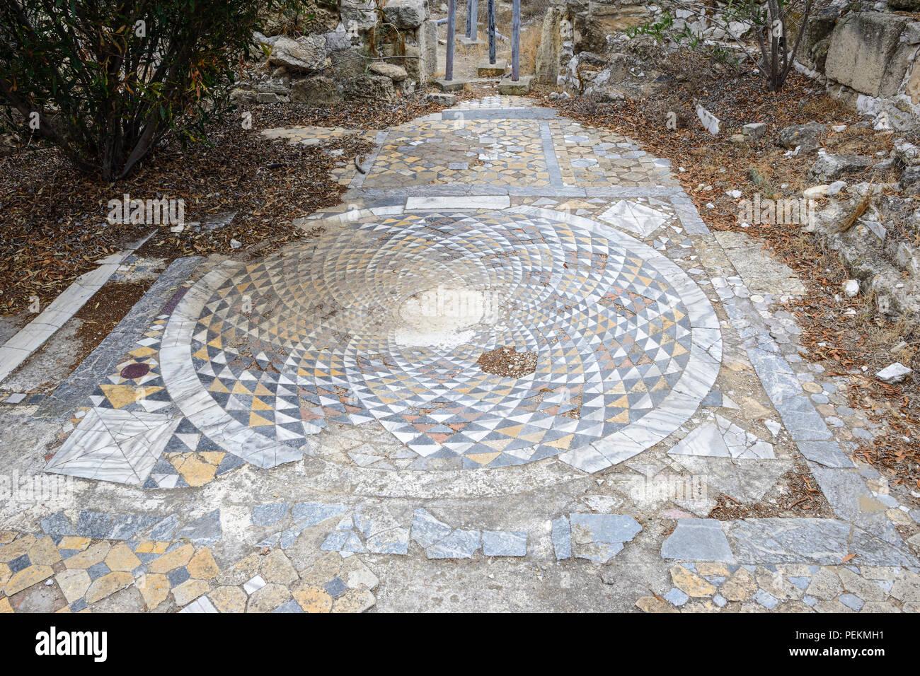 Dekorative Bodenbelage Von Atrium In Fruhchristlichen Basilika