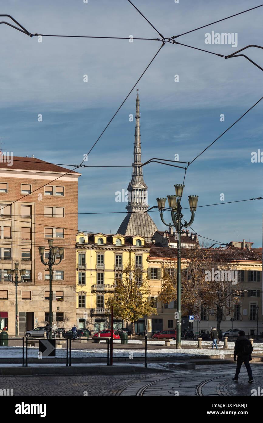 Die Mole Antonelliana von der Piazza Carlo Emanuele II, Turin Stockbild