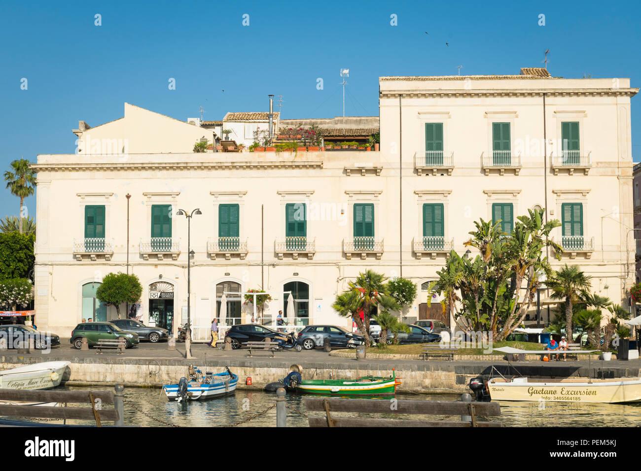 Italien Sizilien Syrakus Siracusa Ortygia Damm Kai Palm Tree Boote