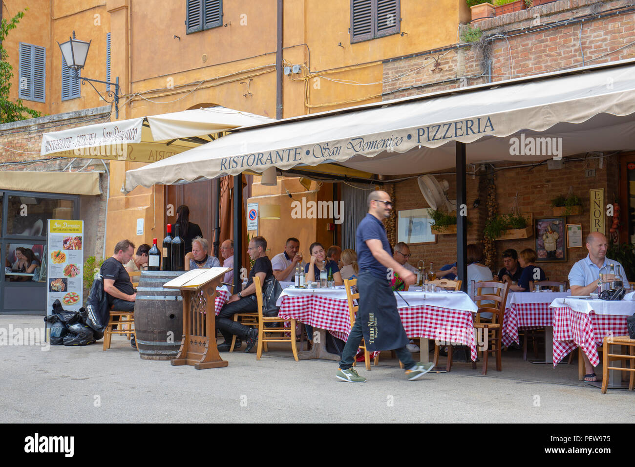 Italian Restaurant Sidewalk Terrace Stockfotos Italian Restaurant