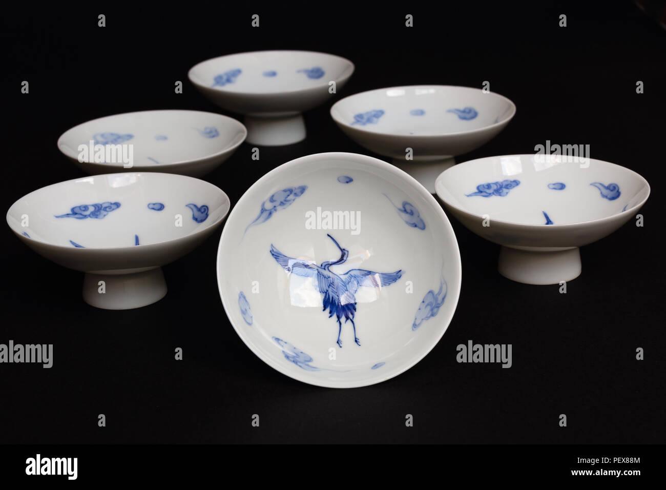 Blau Und Weiss Japanisches Porzellan Stockfotografie Alamy