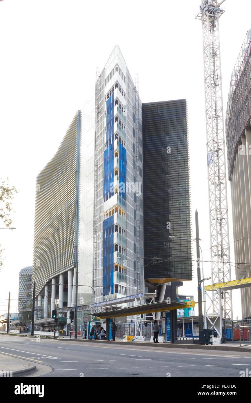 Die Bauarbeiten weiterhin in Adelaide University medizinische und pflegerische Schule auf der North Terrace, am 11. Oktober 2016 in South Australia, Australien. Stockfoto