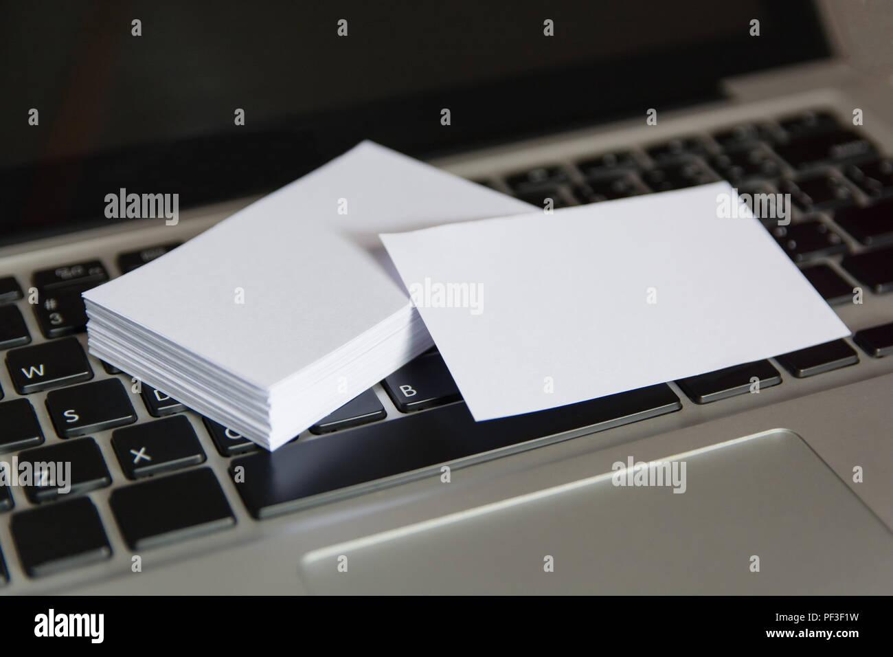 Stapel Leeren Weißen Visitenkarten Mockup Visitenkarten Auf