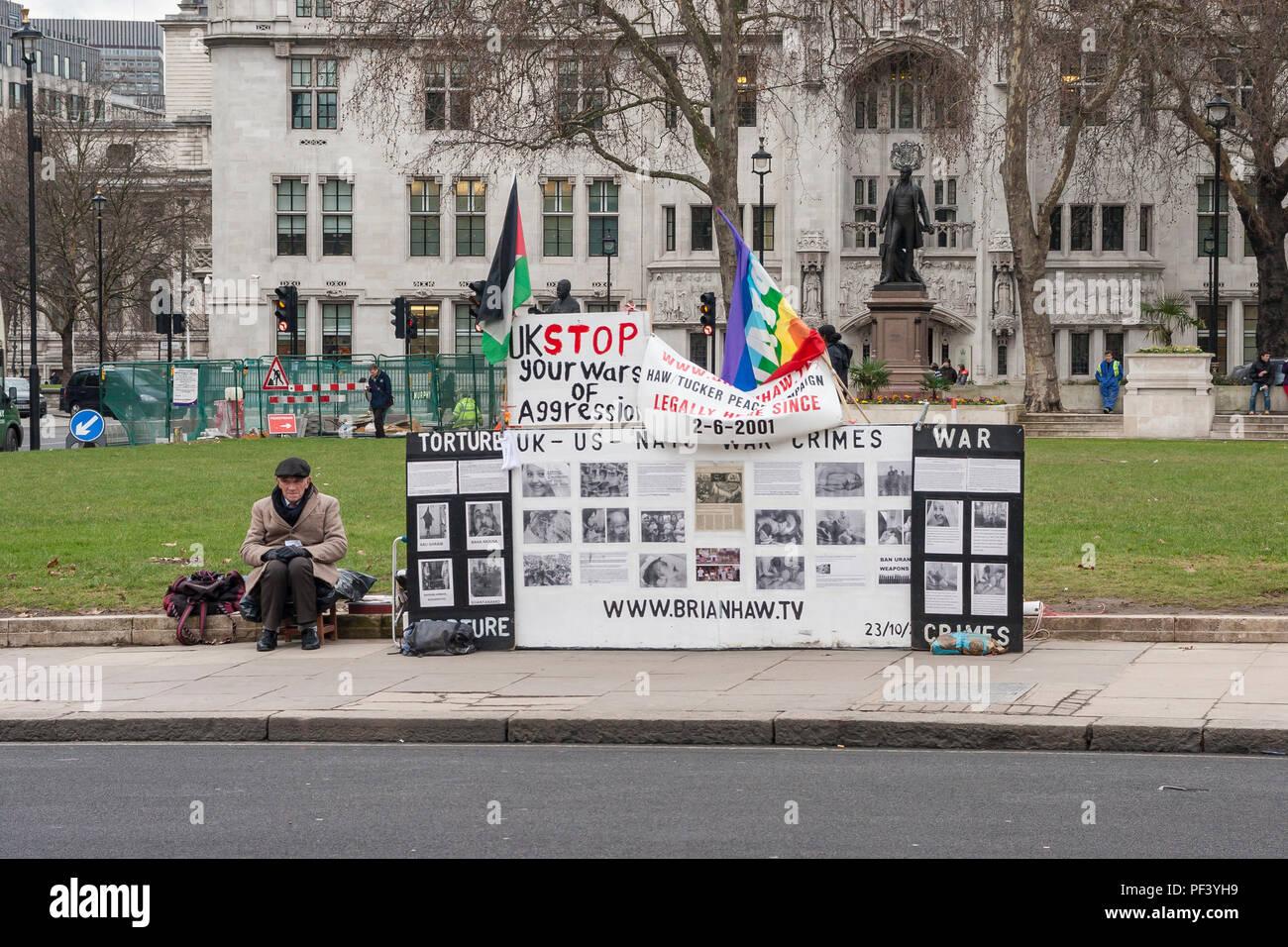 Die Überreste der Brian Haw Frieden Protest in Parliament Square, London. Stockbild