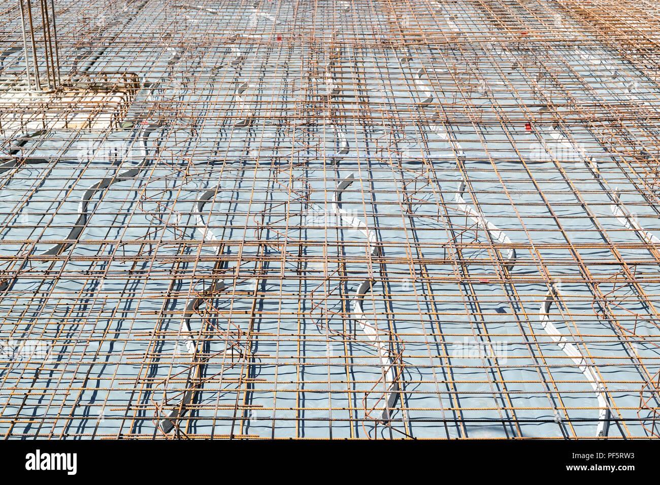 Bevorzugt Bewehrung der Bodenplatte Stockfoto, Bild: 215872751 - Alamy TT52